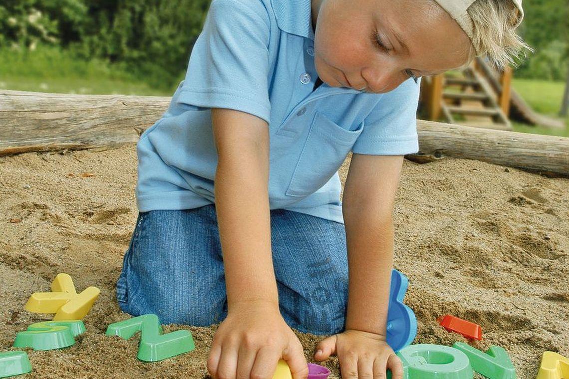 Garten-Ideen: Der perfekte Sandkasten für Kinder