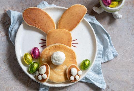 Ostern mit Kindern: Pfannkuchen in Osterhasenform